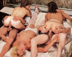 VINTAGE PORN #rec FOURSOME COWGIRLS HARDCORE G1 #19980104