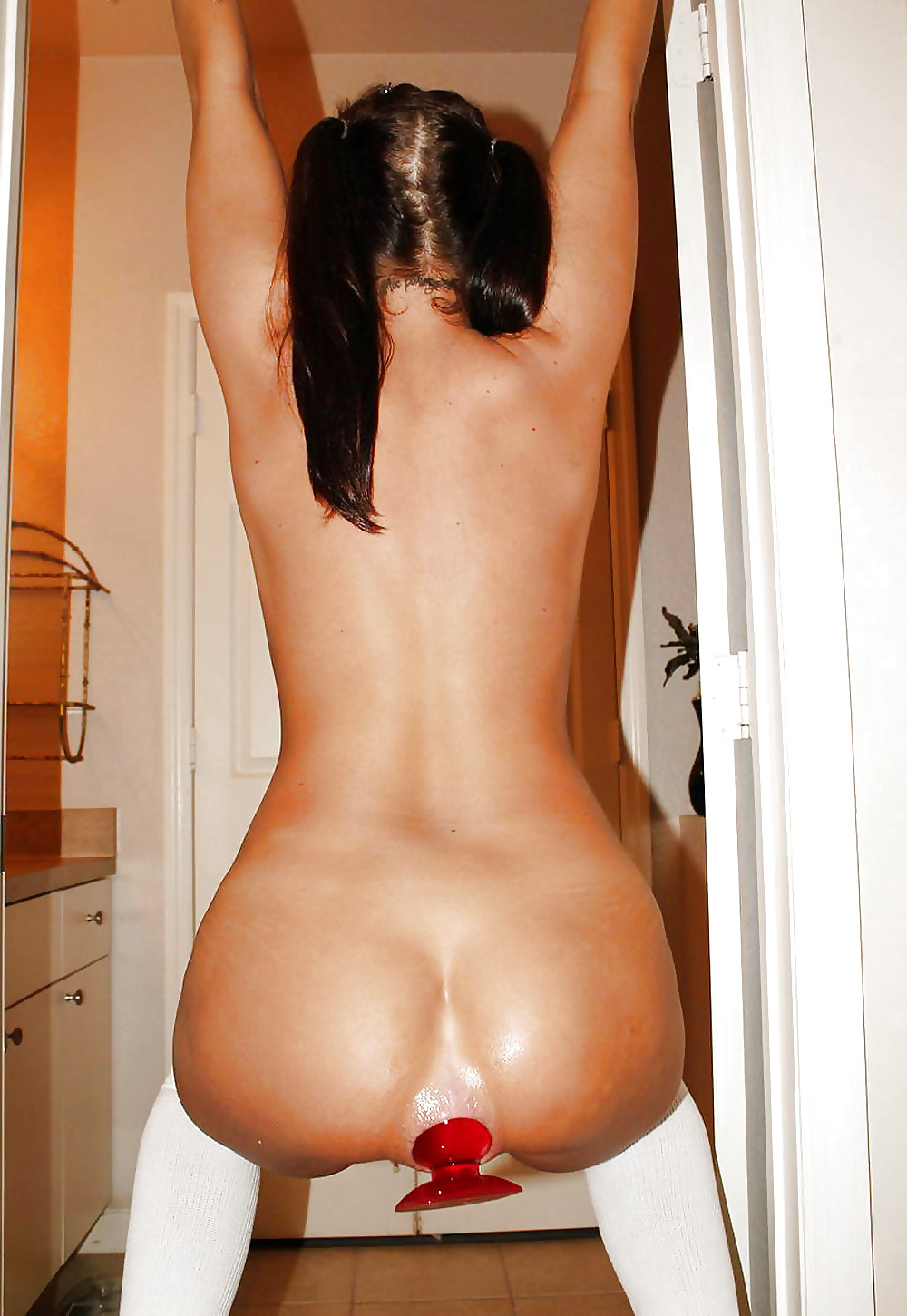 Pussy & Ass Objects Inserted Deep & Wide Porn Pics #14101247