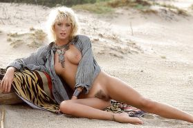 GREAT 80'S BABES #9481979