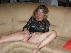 French Amateur MILF Camille175 #2882377