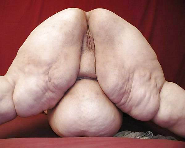 BBW Fat Granny Grannies Oma pussy from behind slideshow Porn Pics #14477162