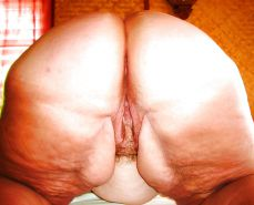 BBW Fat Granny Grannies Oma pussy from behind slideshow