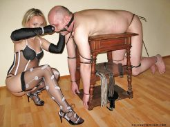 Experienced housewife tied up and tormented by his slave