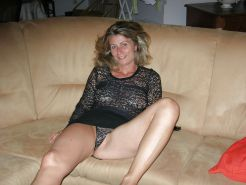 French Amateur MILF Camille175 2 of 2 #4274666