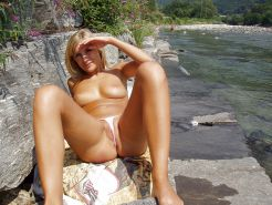 Pics os Sexy Amateur Beach Teenys and Girls