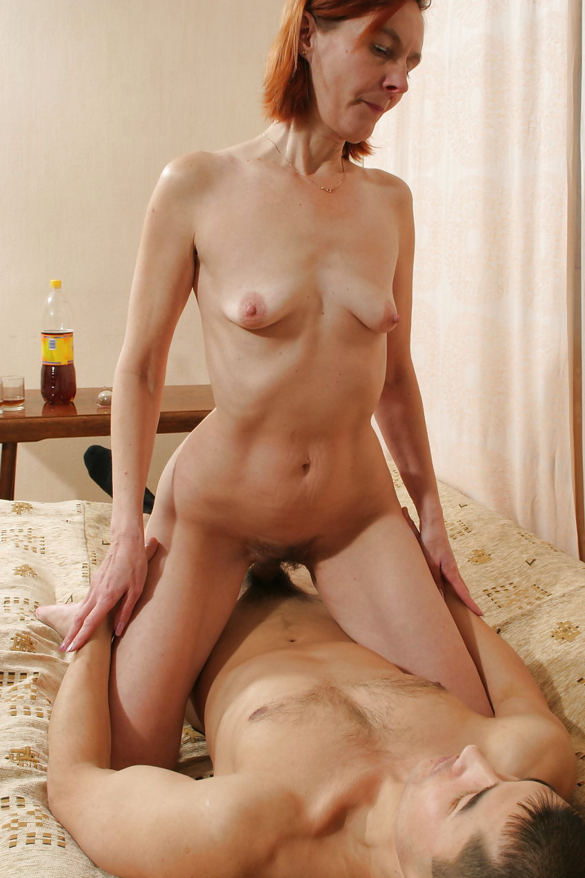 Old young woman boy Porn Pics #10085599