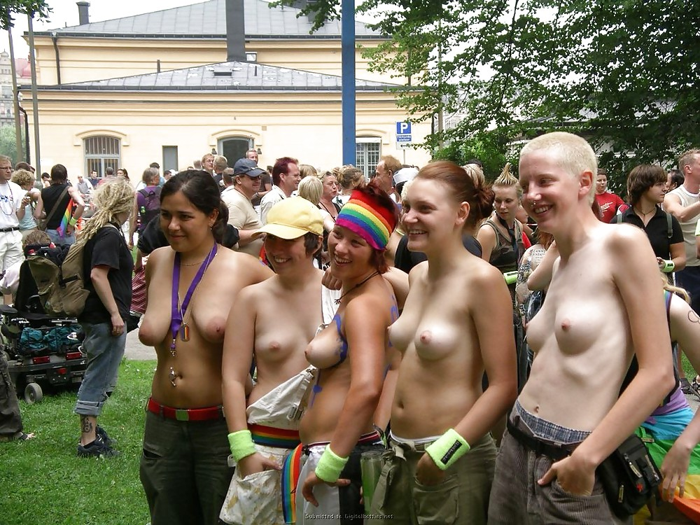 GIRLS TOGETHER: PUBLIC NUDITY TEENS SHOW THEIR TITS #14941791