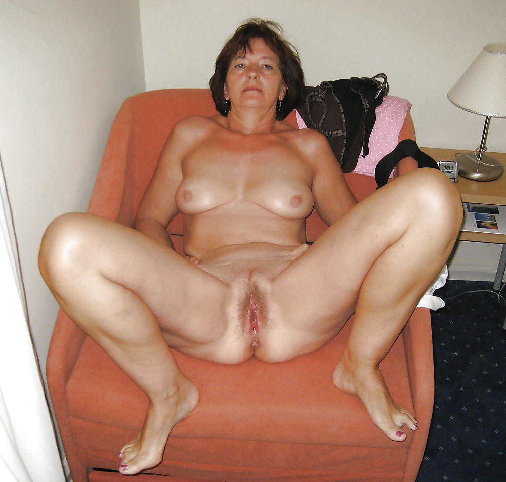 Grannies matures milf housewives amateurs 20 #9812647