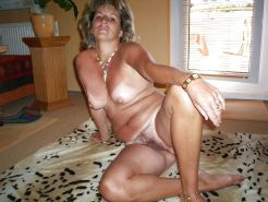 RED HOT HORNY AMATEUR MATURES & MILFS #4471646