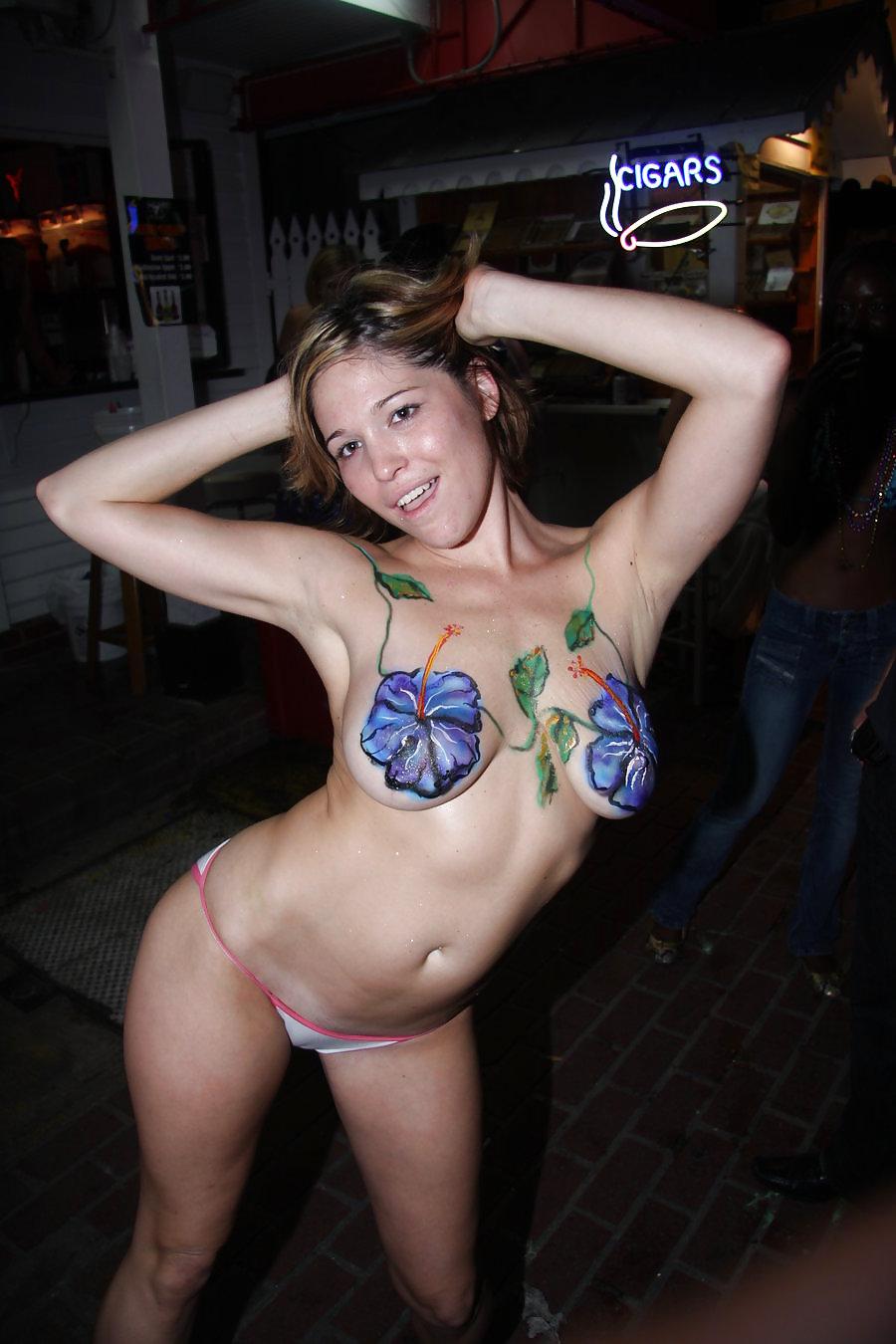 Amateur Flashing and Public nudity #5347346