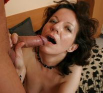 MILFS LOVE FACIALS