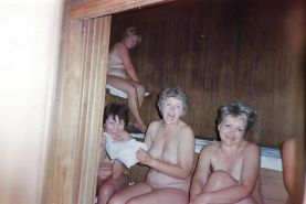 Russians mature womans in the baths!