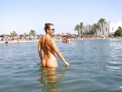 Nudist in Spain