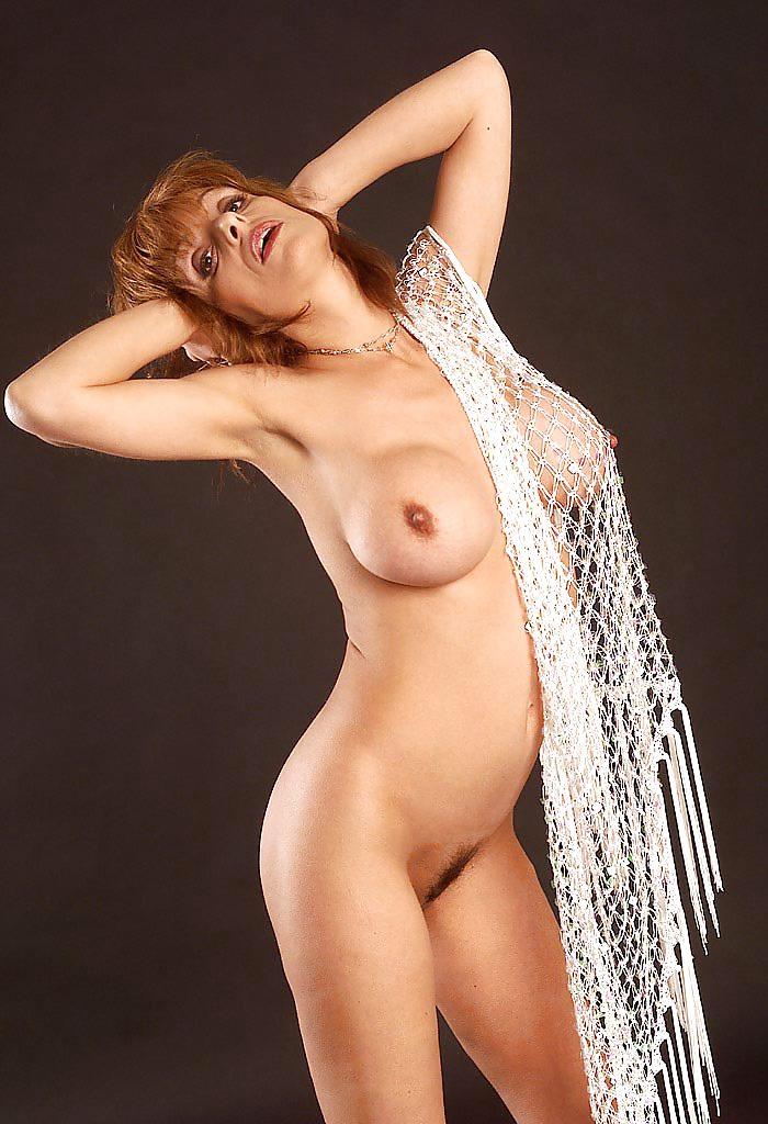 BUSTY REDHEAD MILF GABRIELLE MIX 01 Porn Pics #11143997