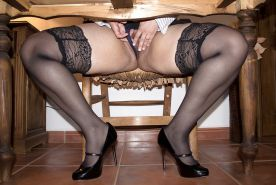 Thick Mature in Short Dress n Stockings