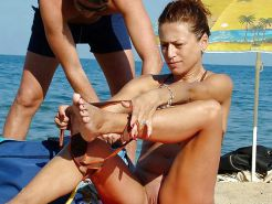 Beautiful Beach Changing Babes By Voyeur TROC