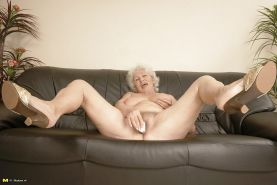 The best ass-granny norma