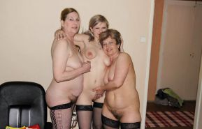 Young and old lesbian Porn Pics #18821855