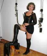 Femdom Biches who can use and fuck me. #1006270