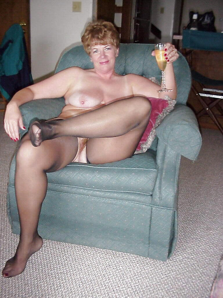 Dressed and undressed mature milf Porn Pics #7305739