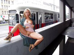 PUBLIC NUDITY FLASHING 2