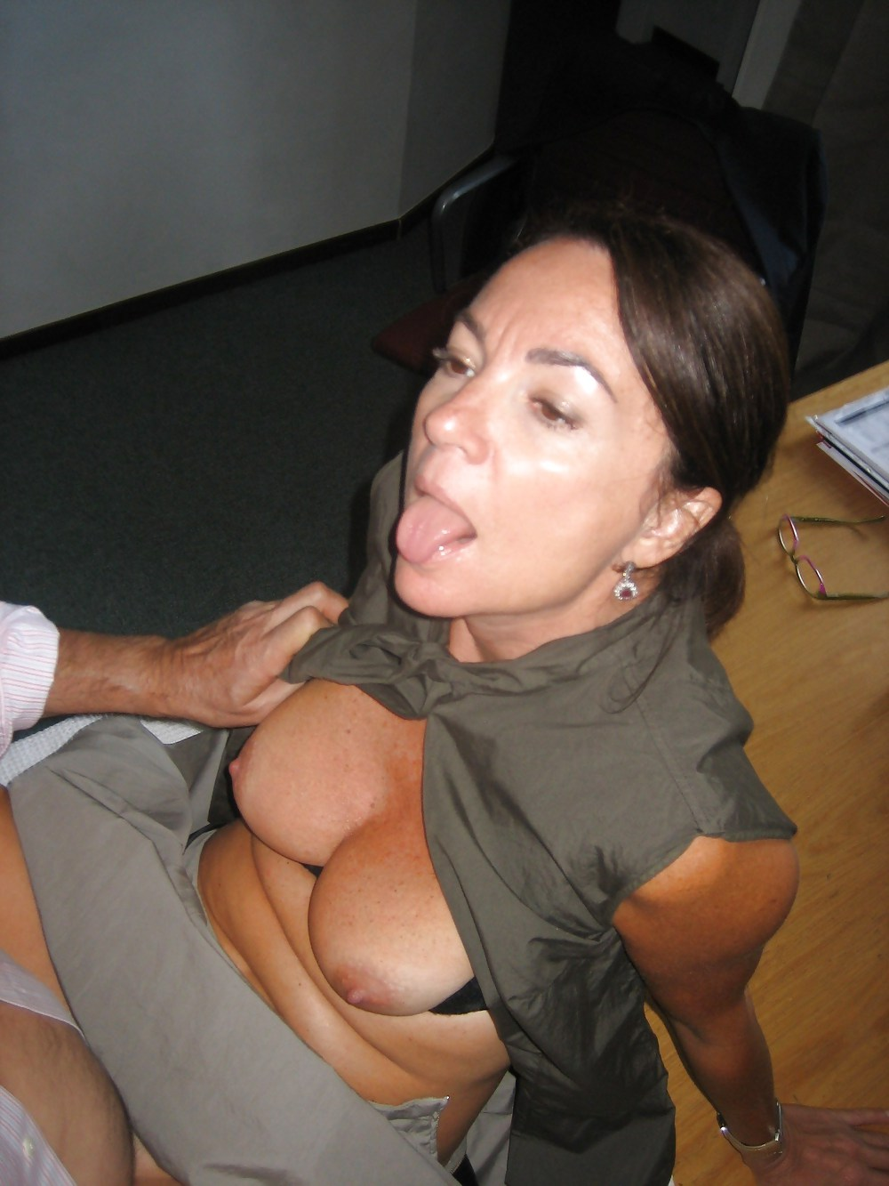 Italian mature sucking and fucking Porn Pics #19398109