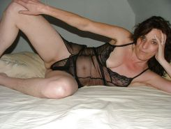 Amateurs, Matures, Hairy & Milf wives