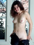 Young ugly amateur exposes hairy pussy - jerk off to her