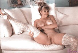 Vintage mature in white lace stockings