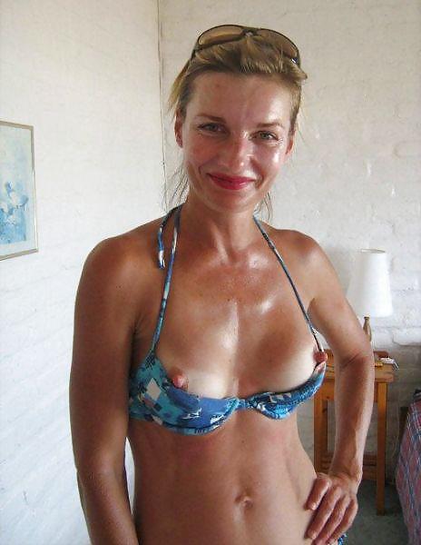 MILF Collection #2 (Asses & Big Boobs) Porn Pics #18738709