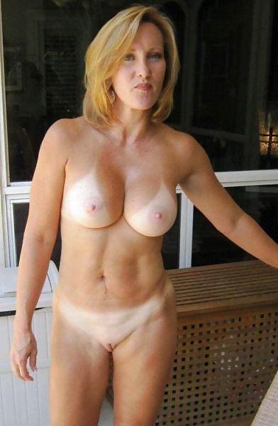MILF Collection #2 (Asses & Big Boobs) Porn Pics #18738731