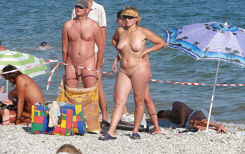 Women on the beach #11686596