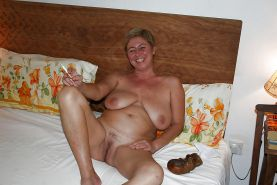 MILFS,MATURE AND GRANNIES
