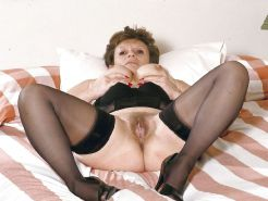 Grannies and matures in stockings 03 Porn Pics #15675304