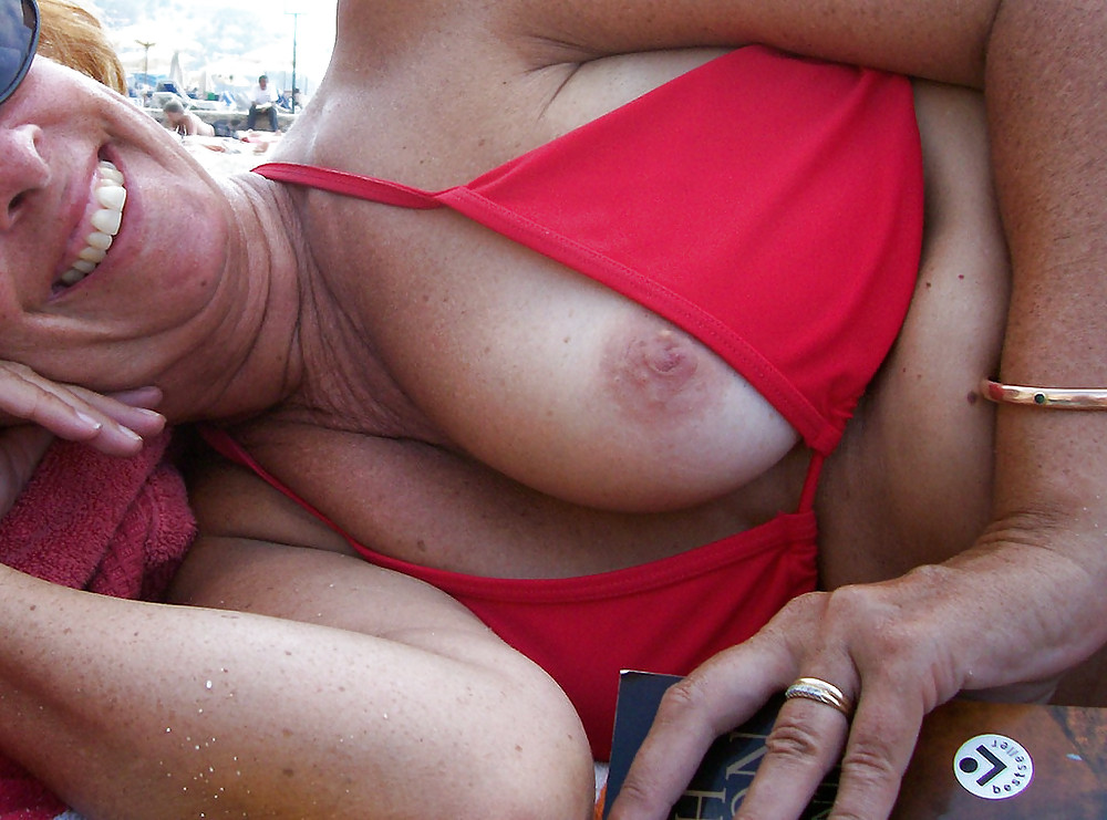 DOWNBLOUSE...OOPS MY NIPPLES III Porn Pics #8552101