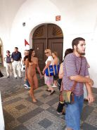 PUBLIC NUDITY: NAKED GIRLS