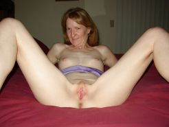 Amateurs spread legs and show us their pussy 1 #8971668