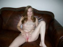 Amateurs spread legs and show us their pussy 1 #8971681