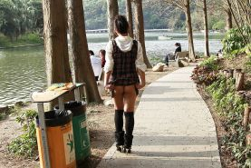 Chinese girl flashing pussy in public Porn Pics #16564730