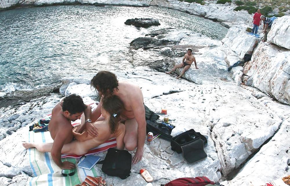 Group Sex Amateur Beach #rec Voyeur G4 Porn Pics #6374810