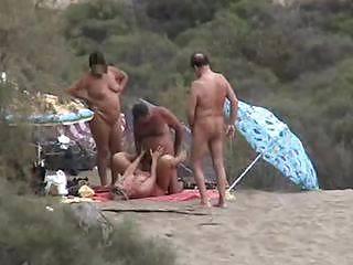 Group Sex Amateur Beach #rec Voyeur G4 Porn Pics #6375065
