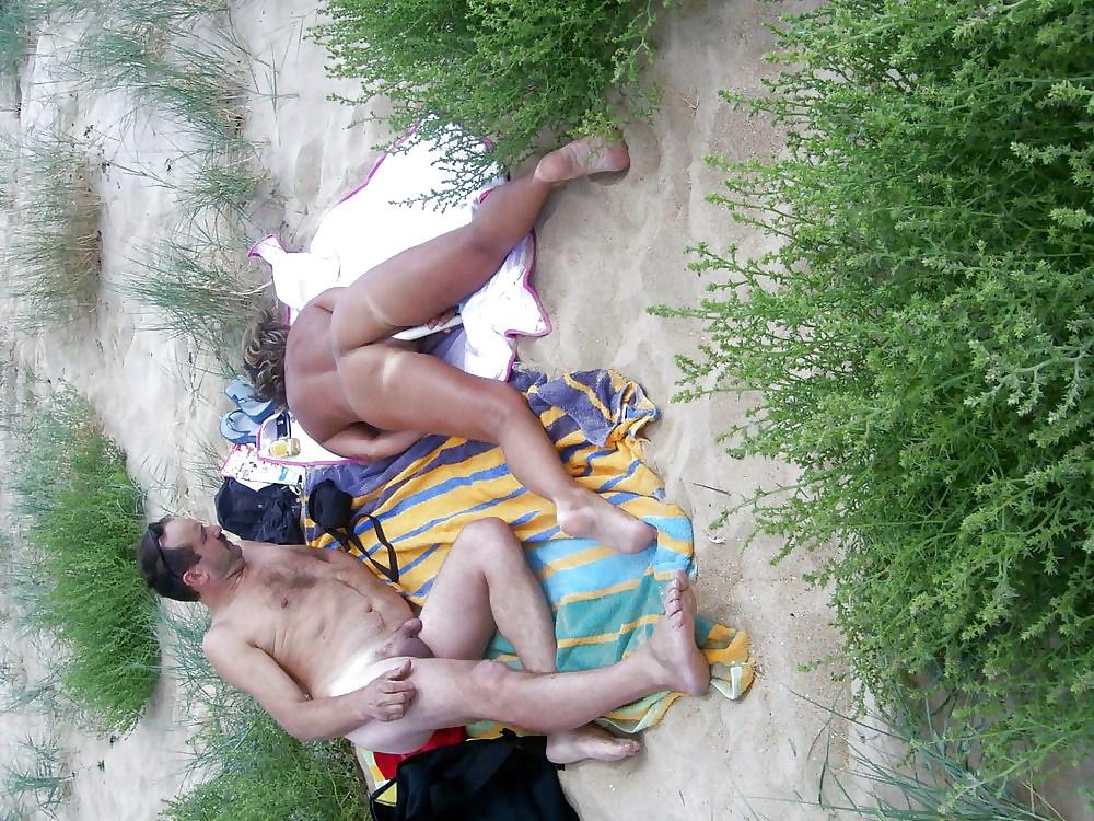Group Sex Amateur Beach #rec Voyeur G4 Porn Pics #6375070