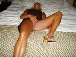 Matures milfs housewives 16