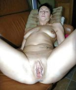 Bbw amateur mature housewife showing their loose pussy #6949284