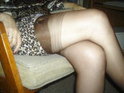 Stocking wife that flashes for men.