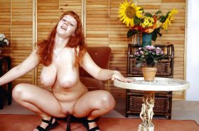 VANDA - REDHEAD AND BIG BOOBS