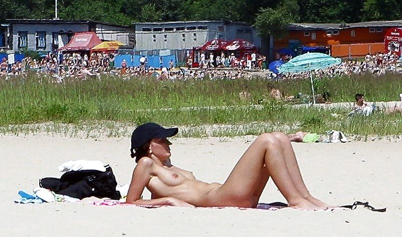 Beautiful Day At The Nude Beach 35 by Voyeur TROC Porn Pics #21279939