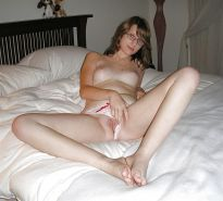 Teens spread their legs and show pussy
