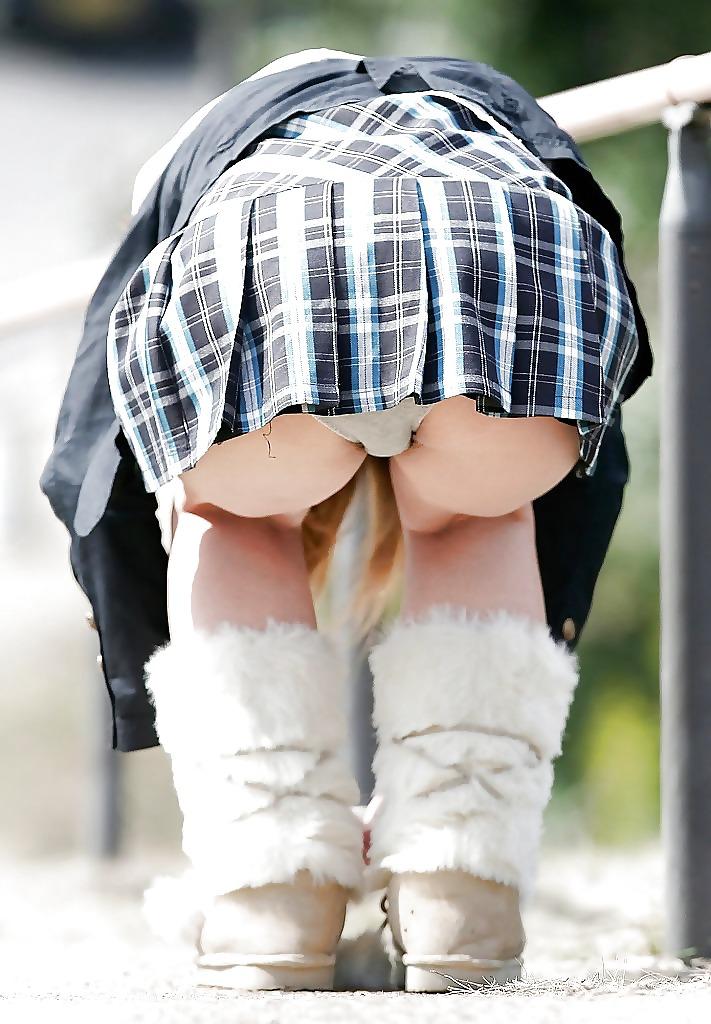 Upskirt No Panties #rec Amateur showing pussy PublicNudity 3 Porn Pics #6569943