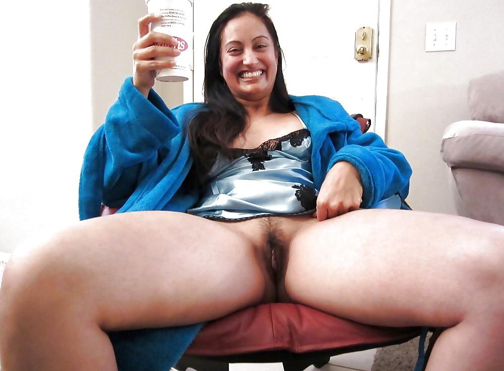 Upskirt No Panties #rec Amateur showing pussy PublicNudity 3 Porn Pics #6570135